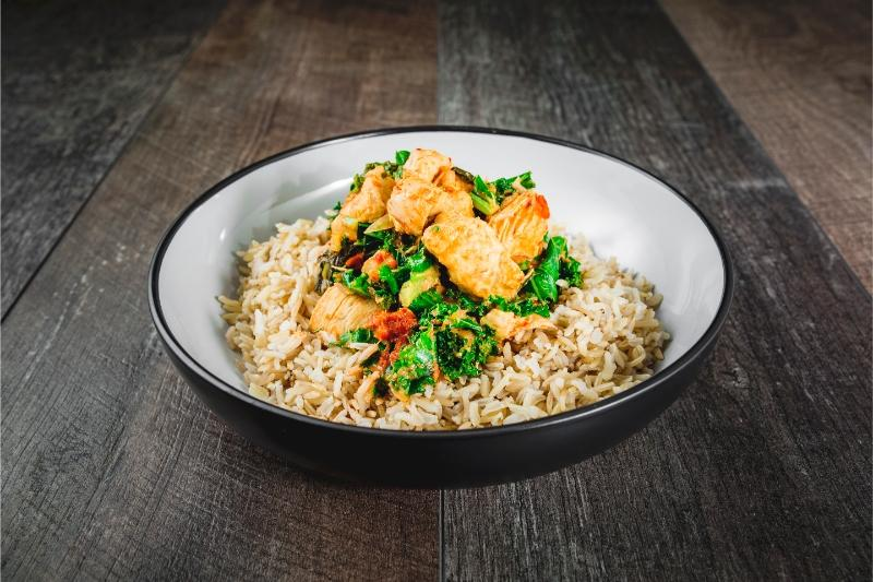 Thai Red Chicken, Kale and Brown Rice - 450