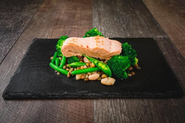 Salmon and Cannellini Bean Salad - 450